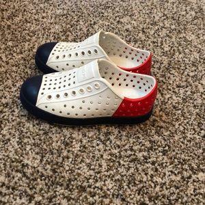 Native Shoes - Kids Native Jefferson shoes. Unisex